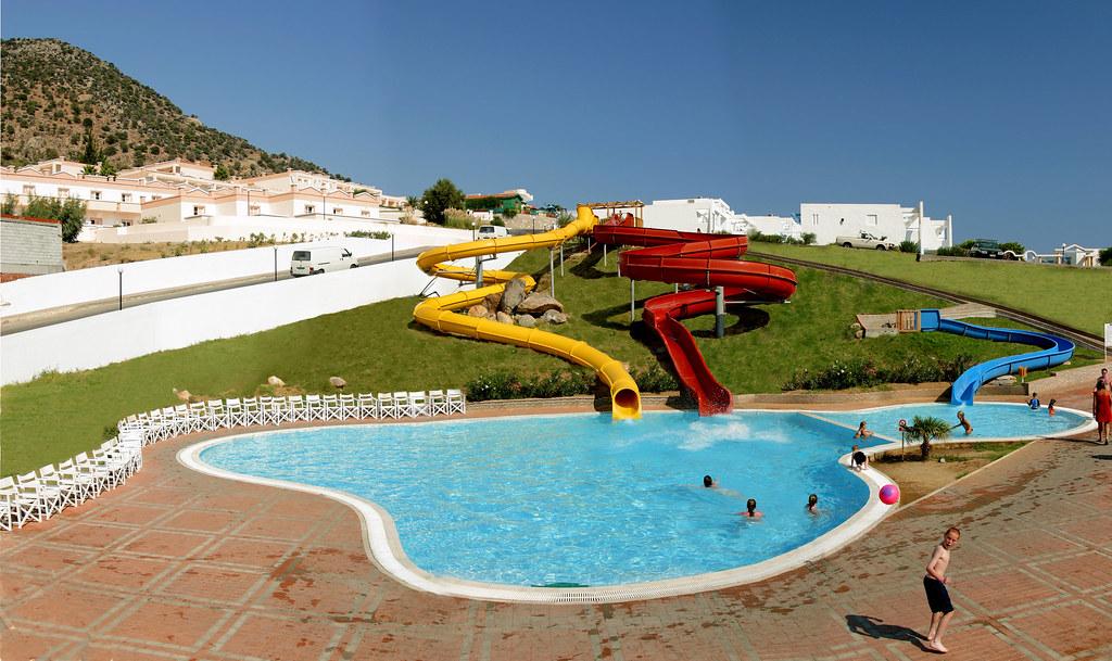 Mv club summer palace piscina con scivoli mitsis hotel - Piscina al coperto con scivoli ...