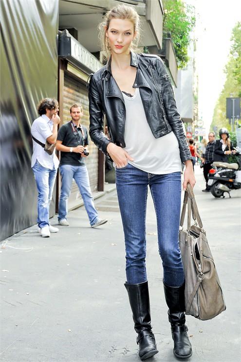 Karlie Kloss | Street style | John