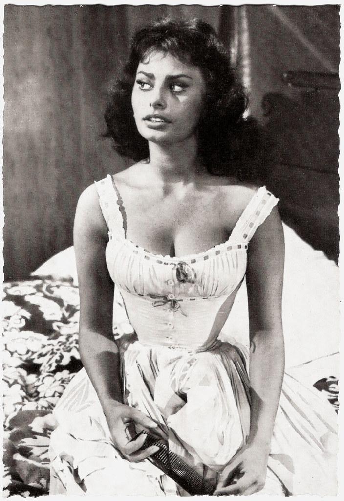 Sophia Loren  German Postcard By Ws-Druck, Wanne-Eickel -6078