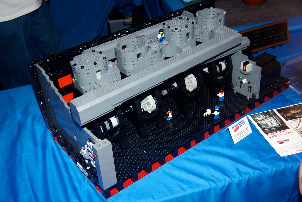 LEGO Titanic Engine This Is A Replica Of The Engine From