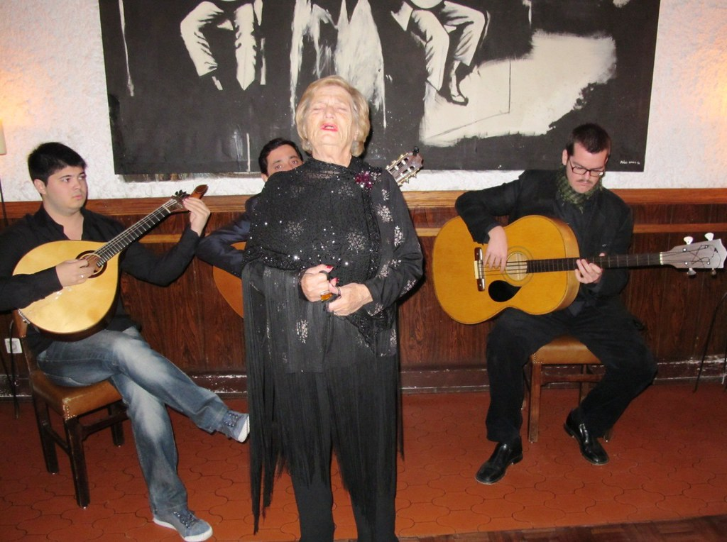 portuguese fado music at luso cafe in lisbon 7 fado can b flickr. Black Bedroom Furniture Sets. Home Design Ideas