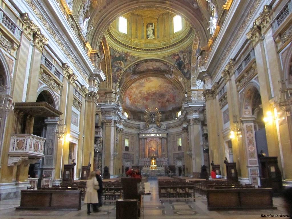 1940 ca 2011 chiesa del ges interno alvaro de alvariis for Interno 5 b b roma
