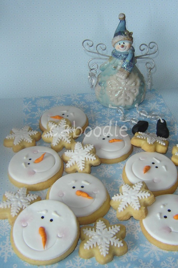 frosty lives snowman face and snowflake cookies as 9. Black Bedroom Furniture Sets. Home Design Ideas