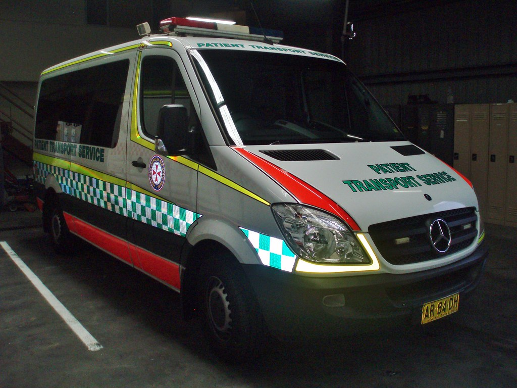 2007 mercedes benz sprinter 311cdi ambulance 2007 for Mercedes benz emergency number