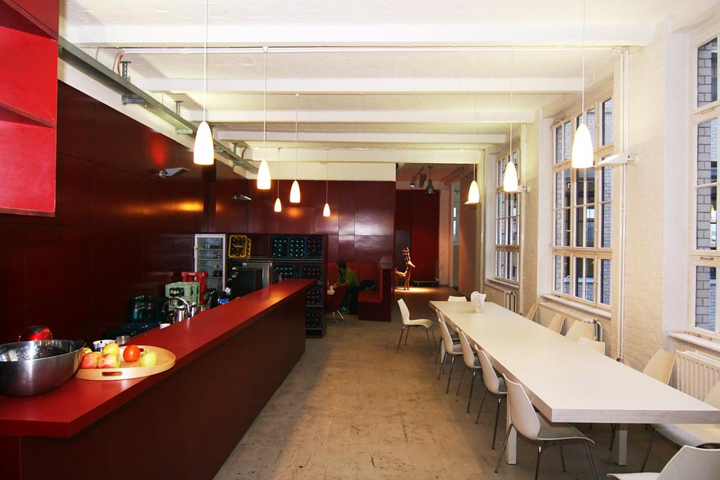 berliner k che hier kannst du essen trinken und dich aust flickr. Black Bedroom Furniture Sets. Home Design Ideas