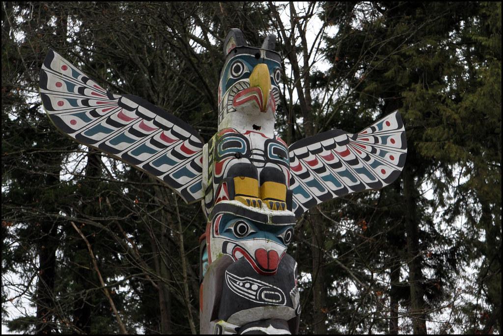 Eagle Totem Pole Totem Pole Eagle