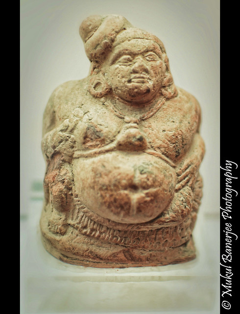 Statue 3 2 bce mauryan empire flickr photo sharing for Ashoka the great cuisine of india