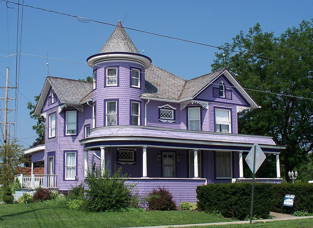 Oh dunkirk house ornate purple house in dunkirk ohio for New victorian style homes