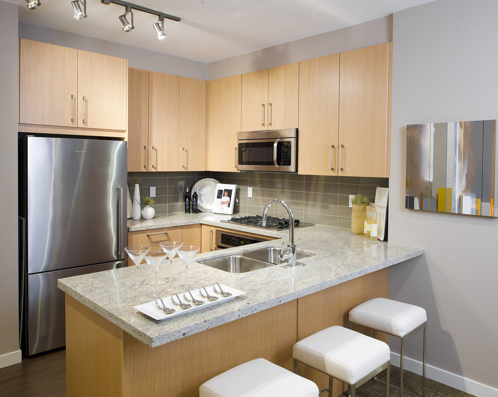 Rift Oak Kitchen Cabinets