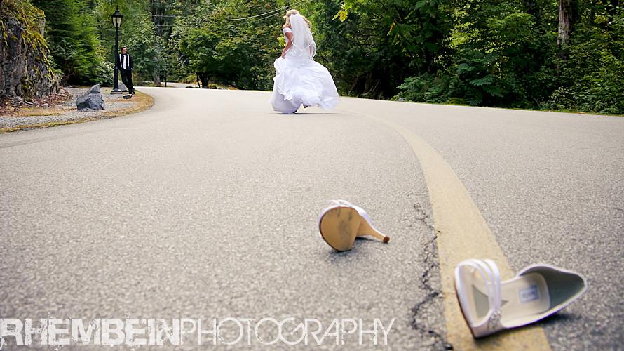 Swan E Set Wedding Photography Run Away Bride A Beautifu Flickr