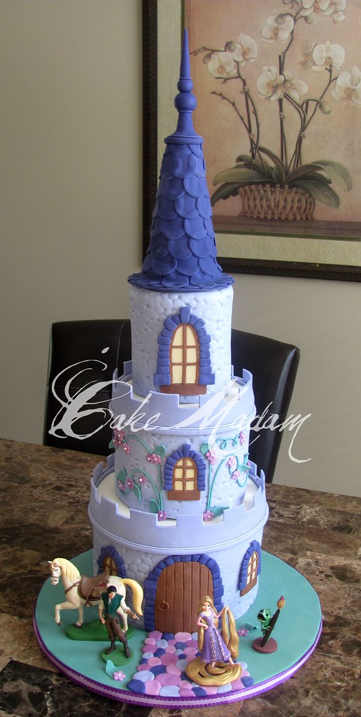 Tangled cake  I got to make this cake for my BIGGEST FAN ...