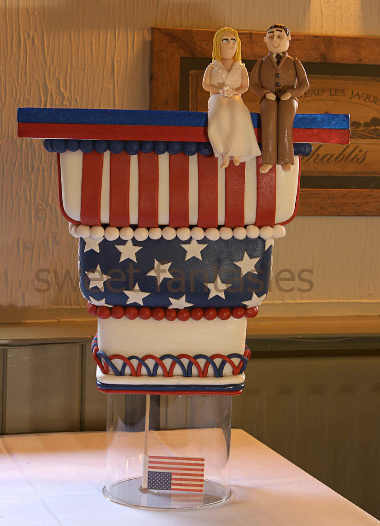 American Theme Up Side Down Wedding Cake 3 Tier Upside