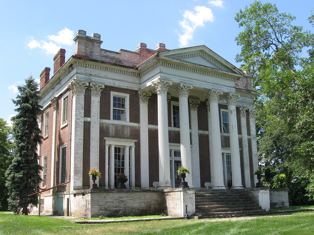 Ward hall georgetown kentucky history from wikipedia for Plantation columns