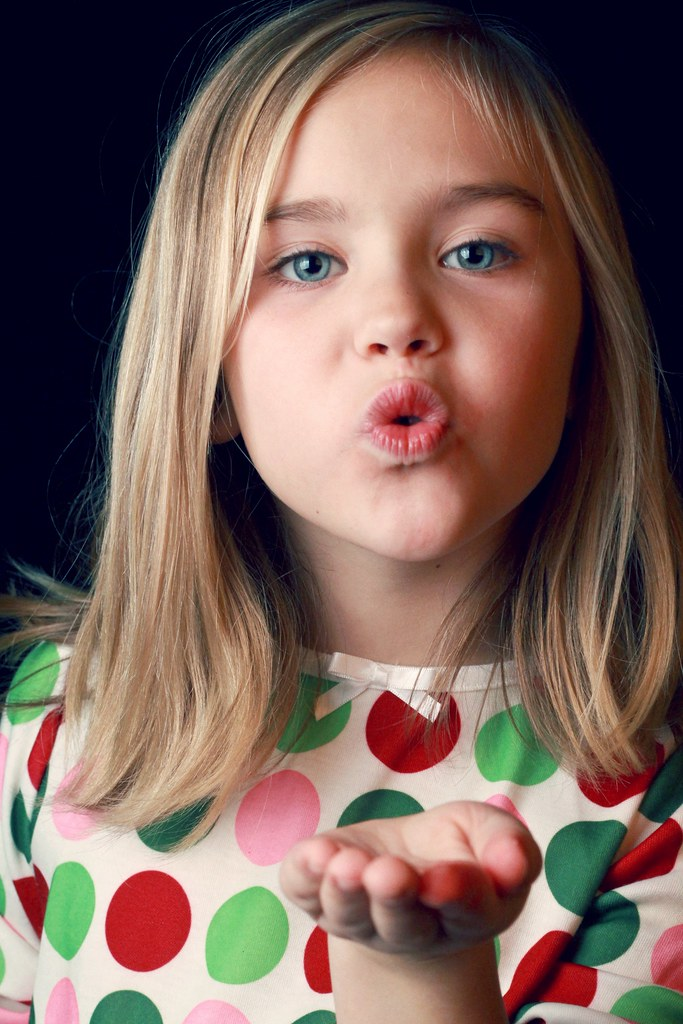 Blow Me A Kiss  Love My Baby Girl She Chose This -2434