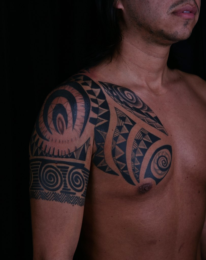 Polynesian tattoo miami design artist 1233 polynesian for Tattoo shops in miami beach