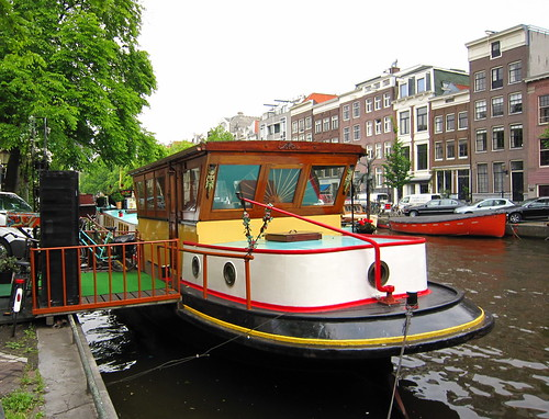 Houseboat amsterdam flickr photo sharing for Houseboat amsterdam