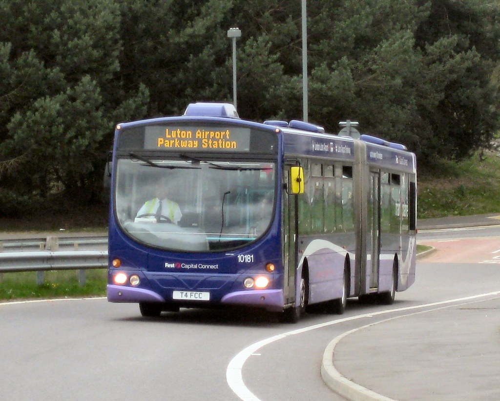 First Capital Connect T4FCC Luton Airport Parkway | T4 FCC e… | Flickr