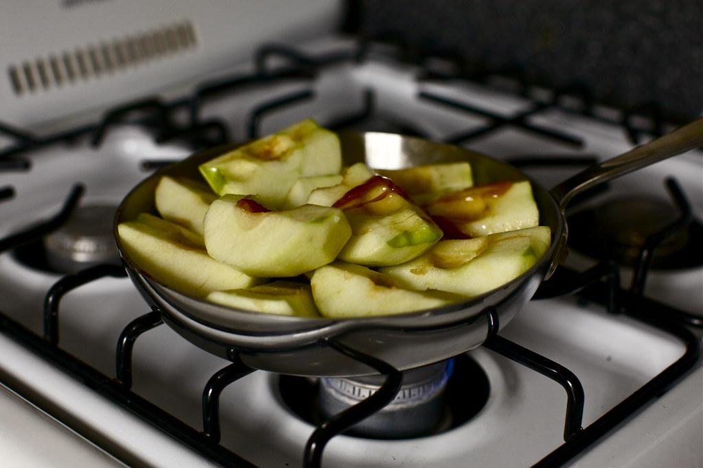 don't worry, they'll shrink | Apple Tarte Tatin on ...