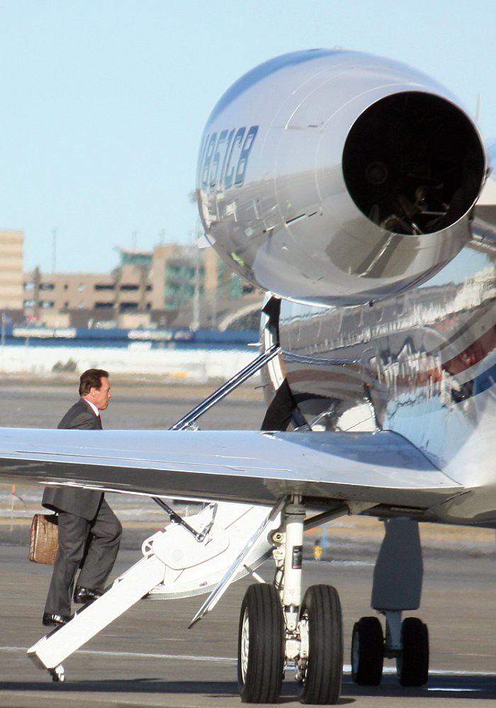 Arnold Schwarzenegger Private Jet | Dave Subelack | Flickr Arnold Schwarzenegger