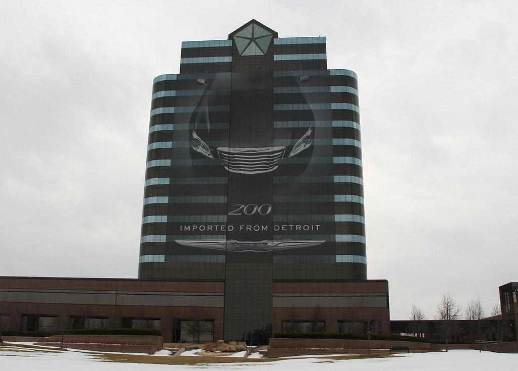Chrysler Group Hq Chrysler 200 Building Wrap Imported