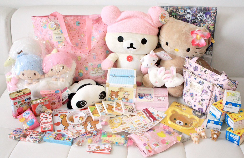 Cuartos Kawaii: She Loves Rilakkuma, Hello Kitty, Kaw