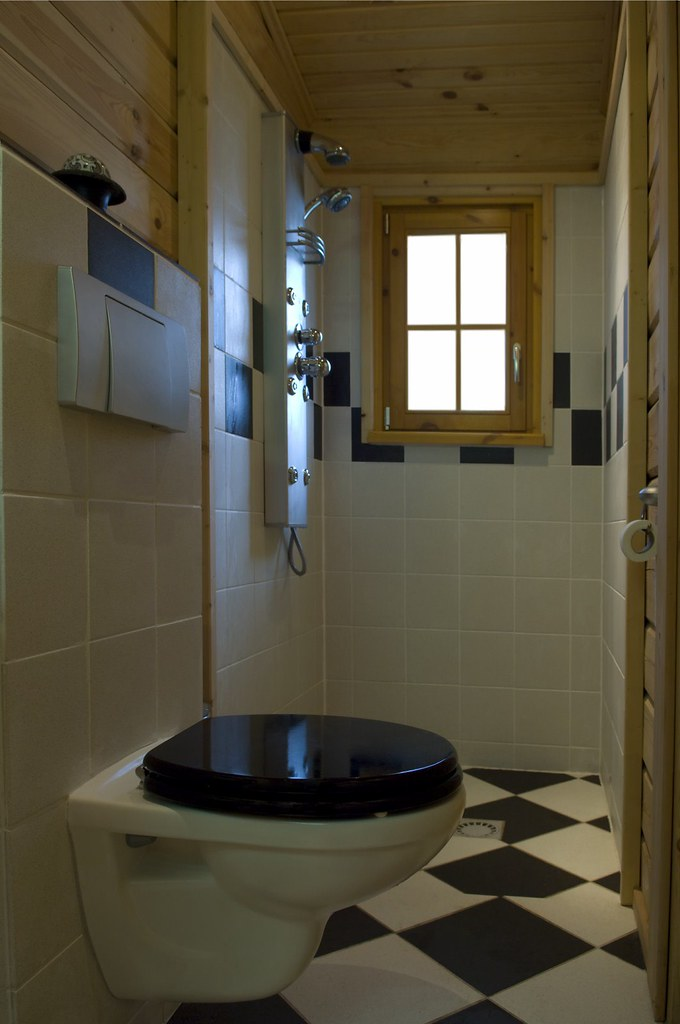 Interieur foto van een badkamer in een houten huis logwon flickr - Een badkamer deco ...