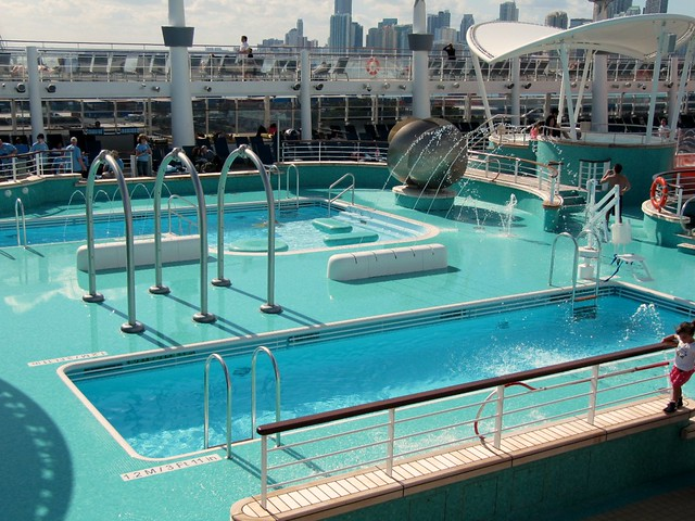 Norwegian epic pool flickr photo sharing for Epic pool show
