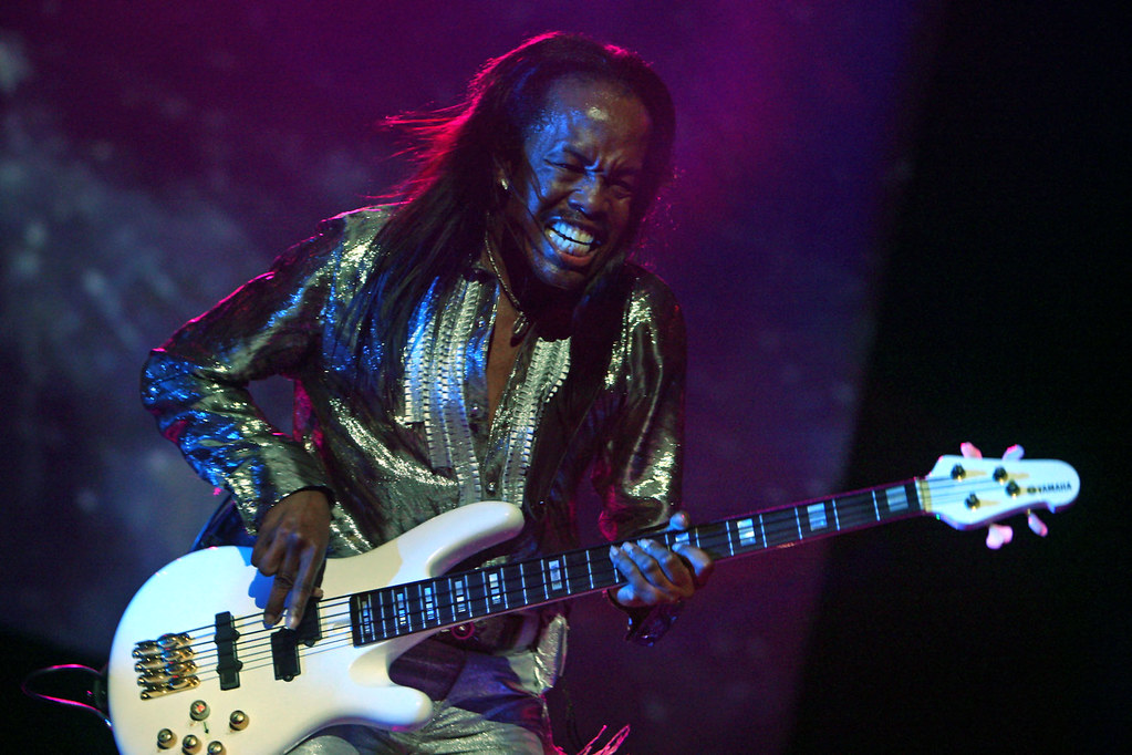 Earth, Wind & Fire* Earth Wind And Fire - Let's Groove / Boogie Wonderland / Star