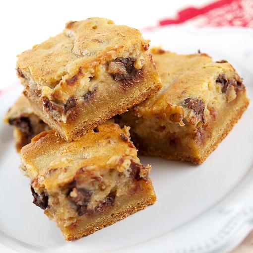 Pecan Chocolate Chip Gooey Butter Cake | Pecan Chocolate ...