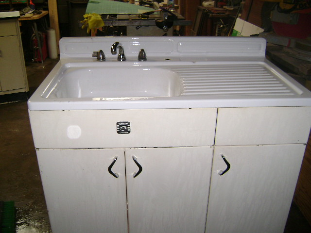 Youngstown vintage 1950 39 s kitchen sink top metal base for 50s metal kitchen cabinets