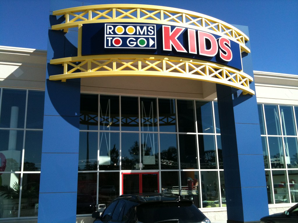 rooms to go kids see social profiles for this other loca flickr. Black Bedroom Furniture Sets. Home Design Ideas