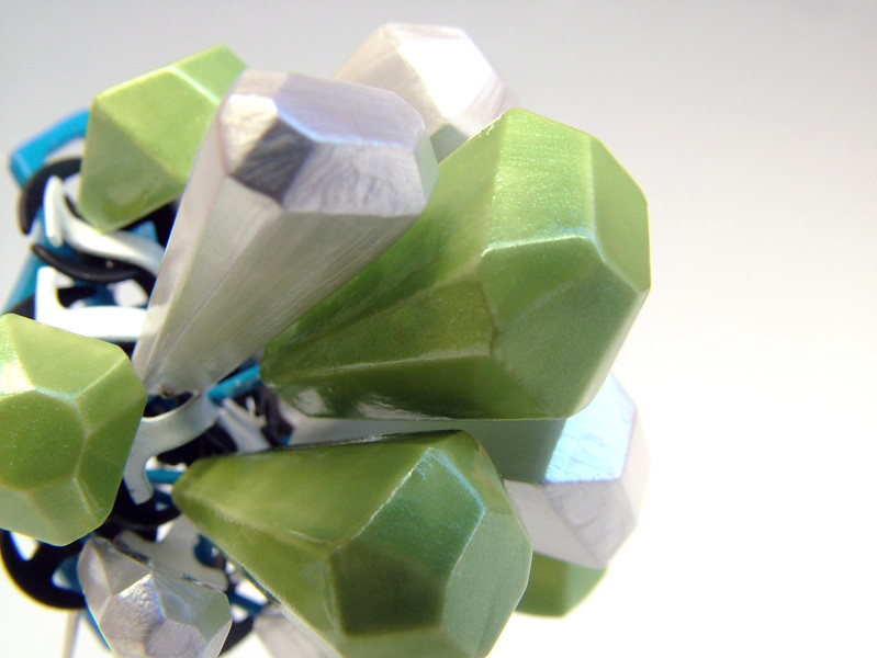 Pearl lime wood be diamond series brooch recycled