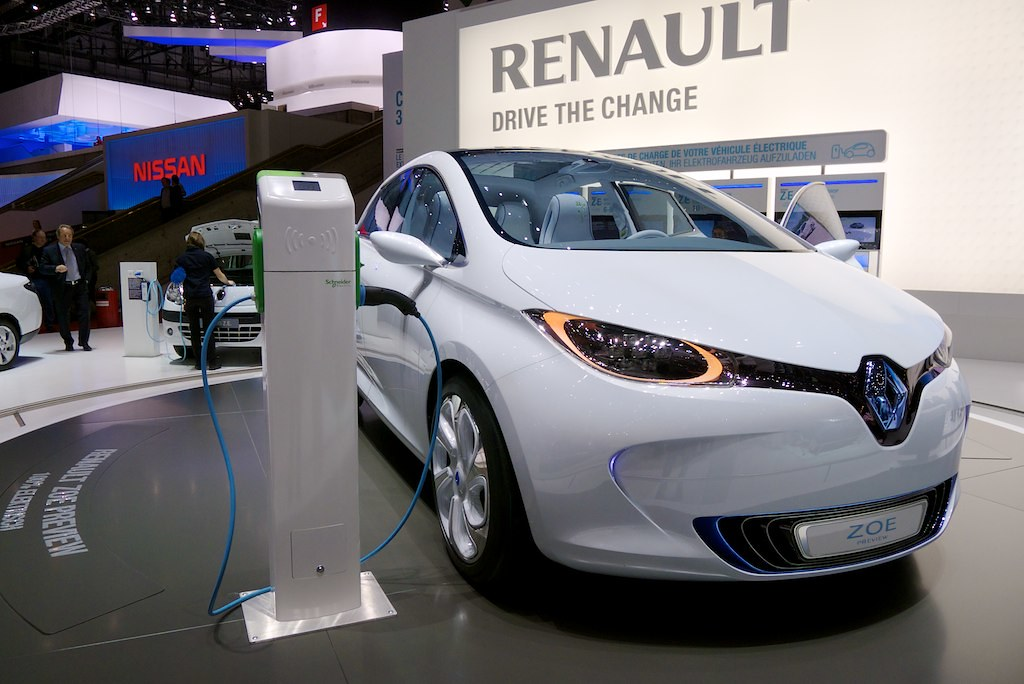 Renault Electric Car Price In India