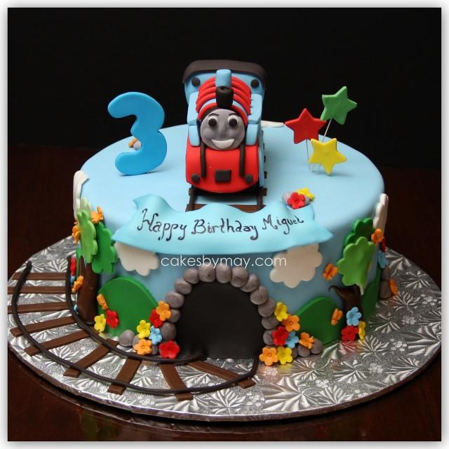 Make Train Engine Cake