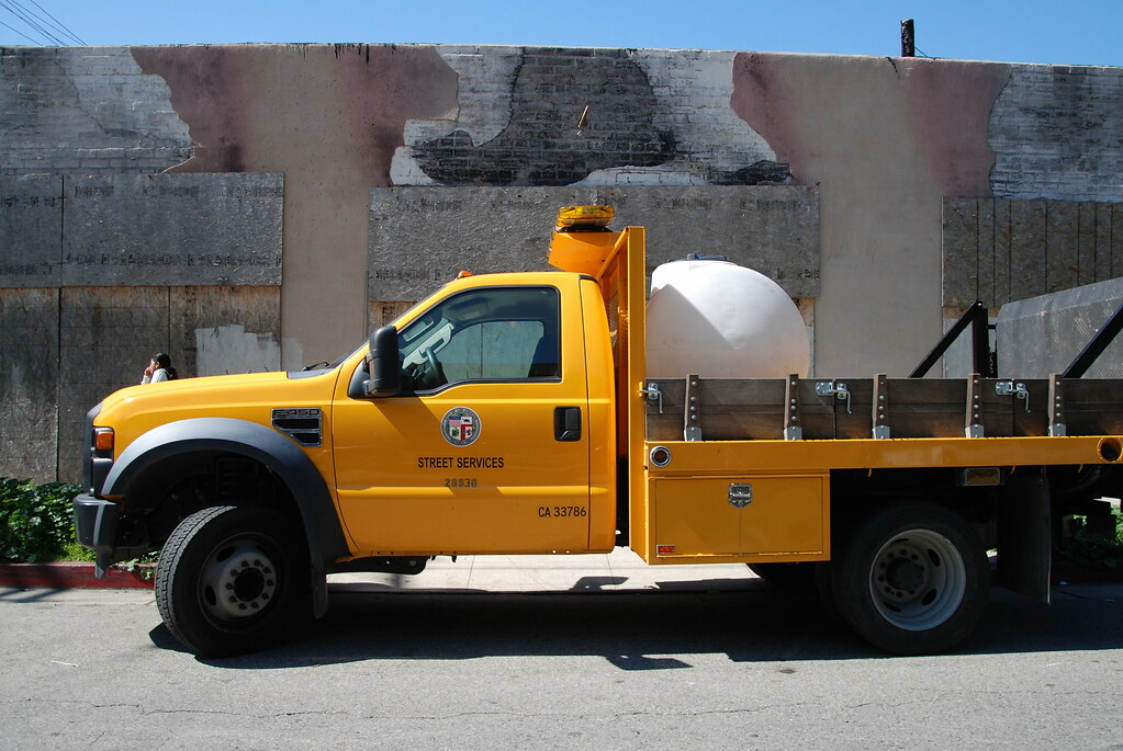 City Of Los Angeles Street Services Ford Stake Bed Truck
