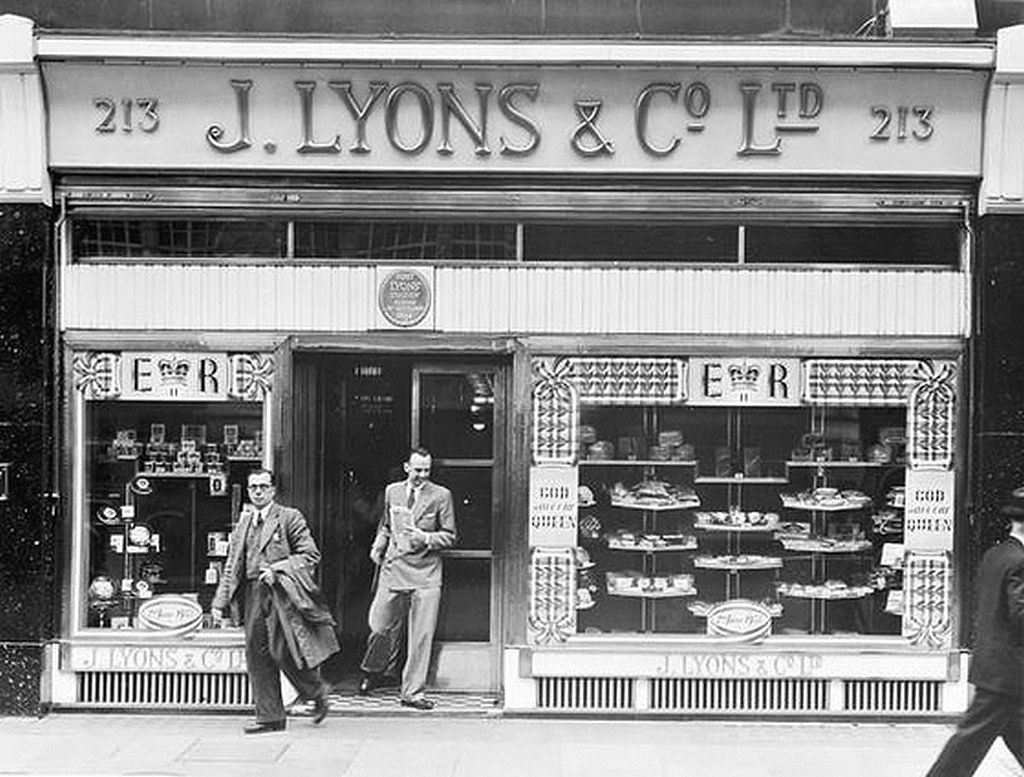 103 Lyons Tea Shop Oxford Street 1953 In The Days Before