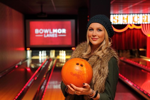 Stephanie Pratt Poses at Bowlmor Times Square | by Bowlmor Lanes