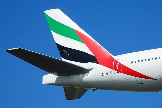 emirates tail logo - photo #31