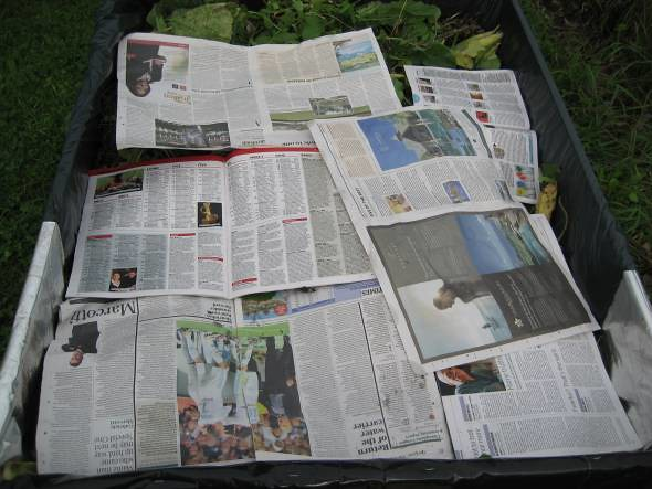 Is Newspaper Wet To Make Colors Bleed Onto Other Pages