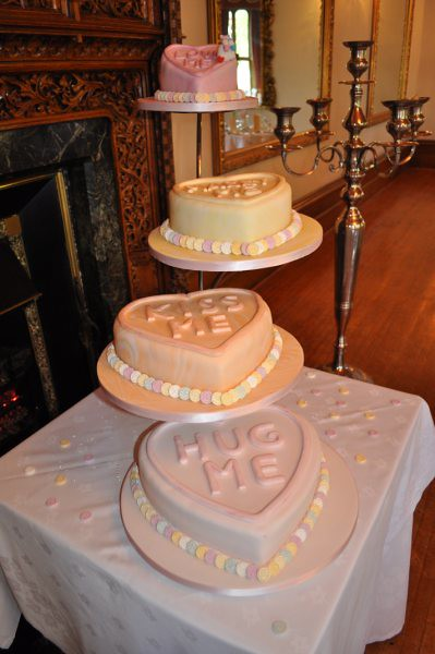 love heart wedding cakes cake hearts wedding cake by jules jules 16952