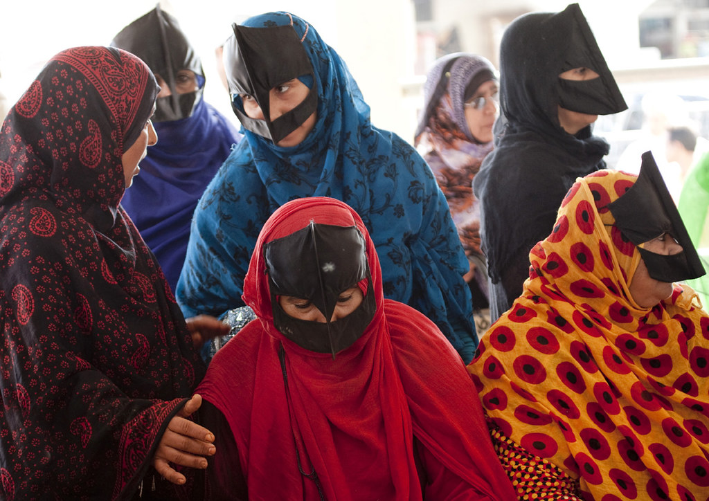 new market muslim single women Why the pace of muslim women entering the workforce is accelerating seeing these new women joining markets of the muslim world to live on a single.