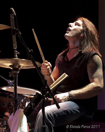Anthony Gomes 2-19-11 Castle Theatre-Bloomington IL 656 | by anthonygomesblues