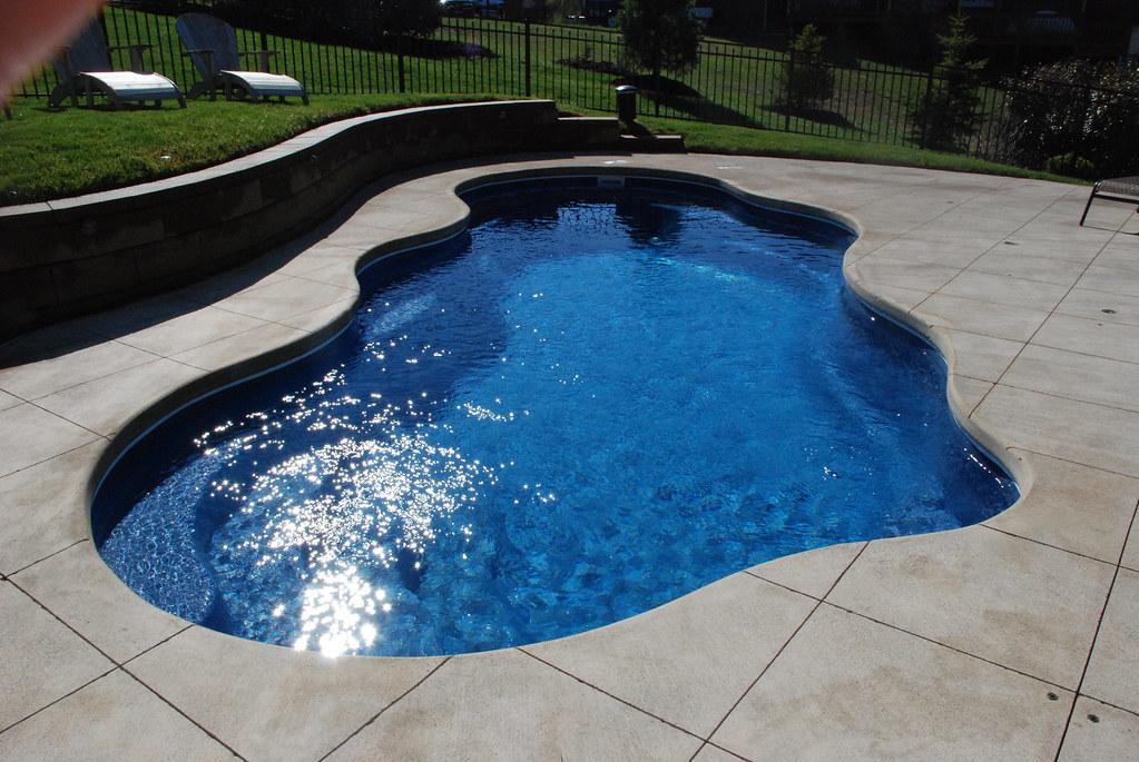 Viking Pools Clearwater Fiberglass Pools Bermuda 33d