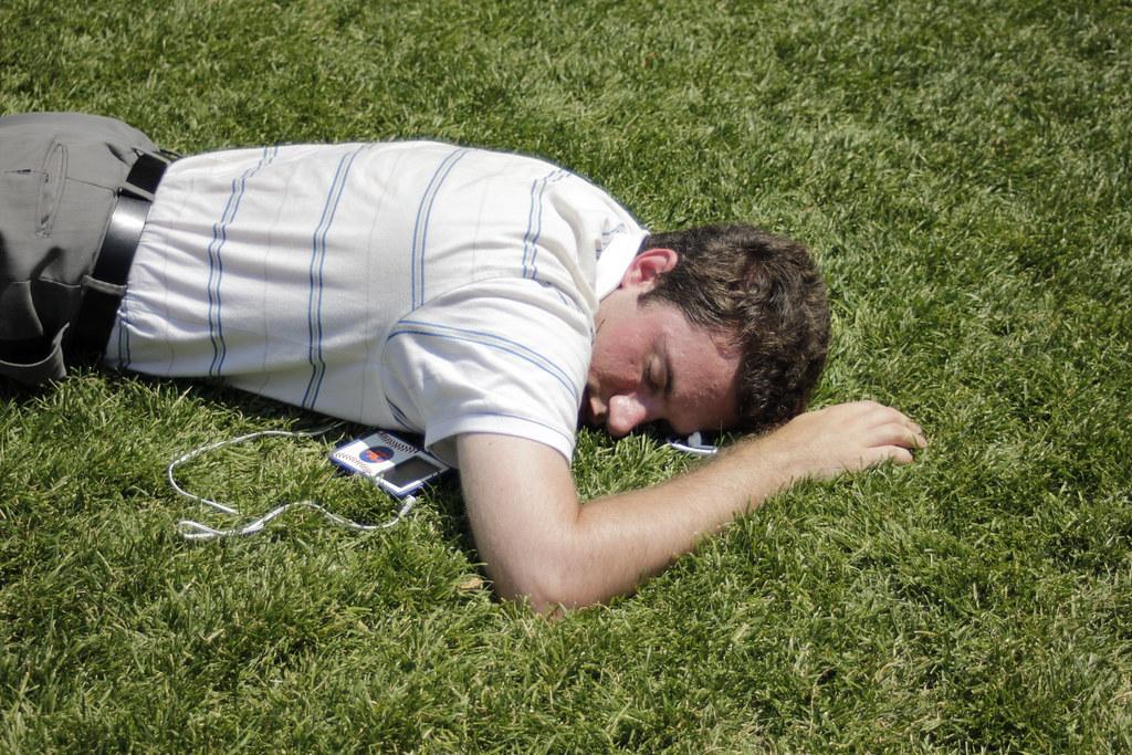 "Walt Whitman >> Man sleeping   Bryant Park, Manhattan ""I swear they are all …   Flickr"