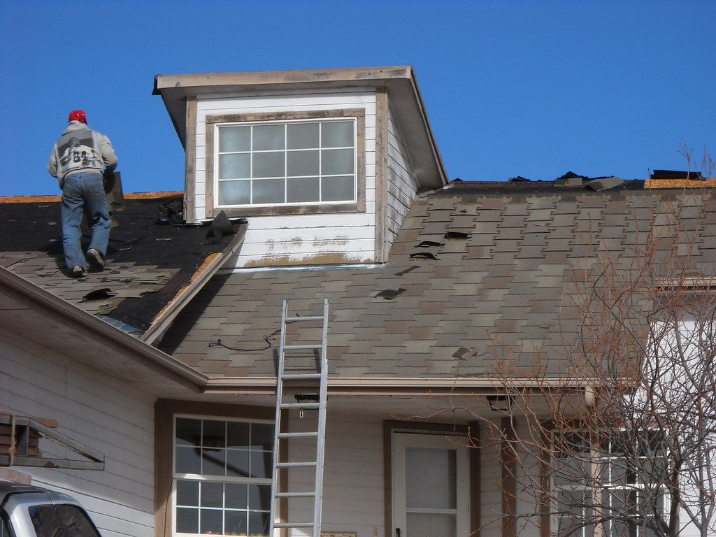 Gbs Roofing Roof Tear Off This Is A Look At A T Lock