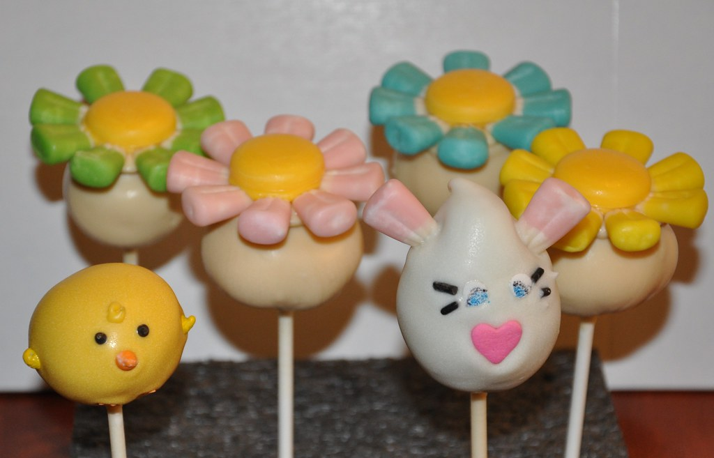 Easter Cake Pops Flowers and Baby Chick Cake Pops with ...