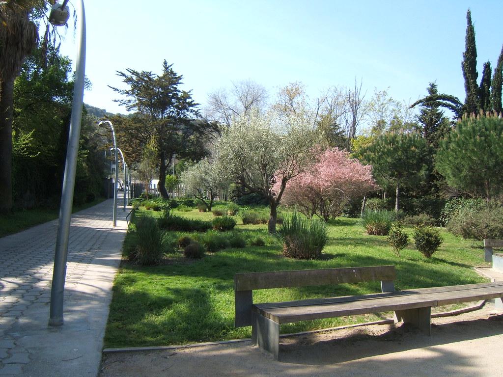 Jardins de joan brossa jardins de joan brossa el que for Jardines de joan brossa