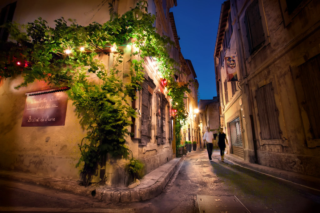 France, Saint Remy de Provence, Night Street Scene | Flickr