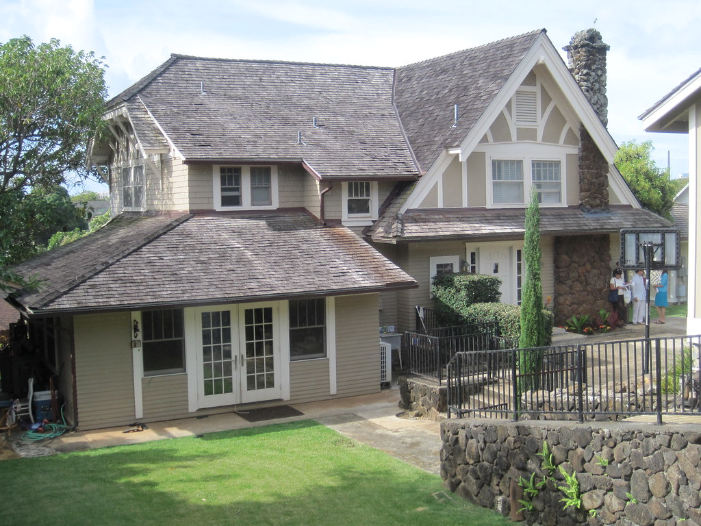 English tudor style house mckinley st honolulu for English style houses architecture