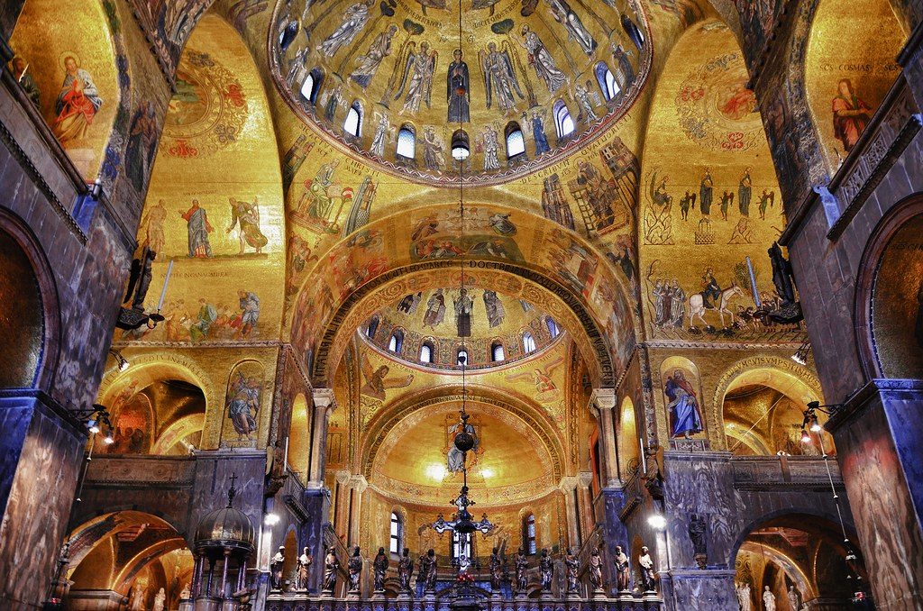 Church of gold for Interno basilica san marco